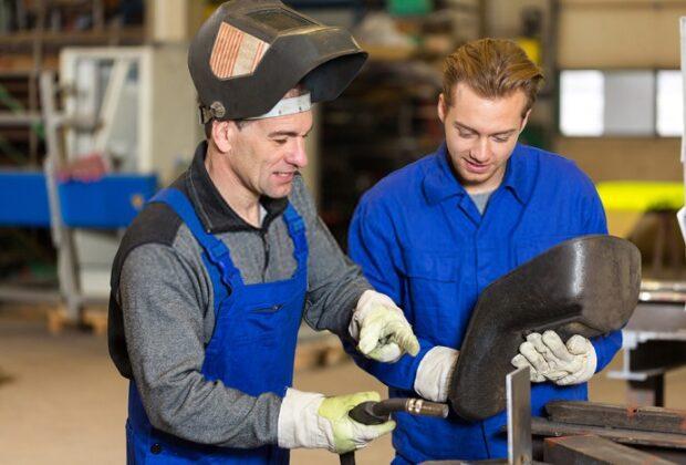 How to get a welding job