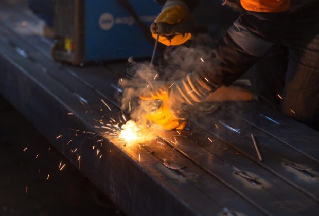 what is tack welding