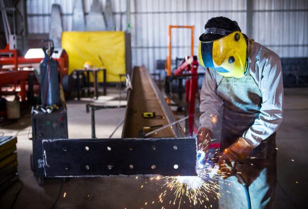 Soldering vs welding
